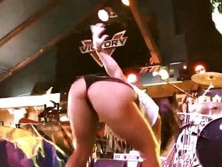 Milf pawg slutty ass onstage...
