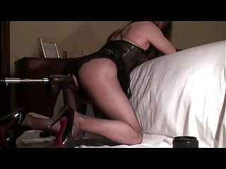 loyra and her fuck machineHD Sex Videos