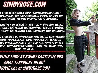 Steampunk lady at swiny castle vs red anal...