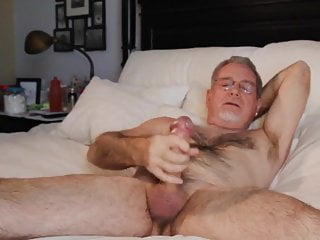 Bear wank his hardone...