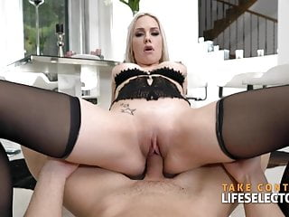 Health maniac Angie Lynx needs her daily sex