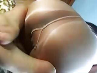 Shiny pantyhose asses...