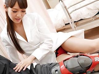 Japanese nurse Rei Mizuna fucks a patient, uncensored
