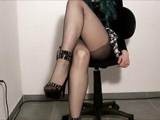 Stocking...
