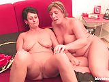 Bbvideo.com Bisexual MILFs fisting their pussies