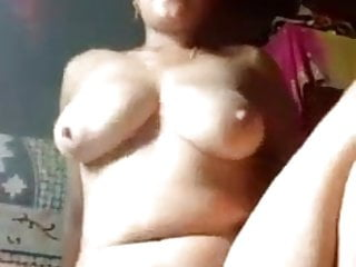 Desi bitch shows body - 6