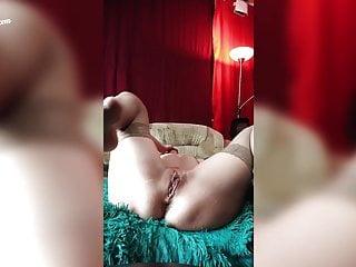 Masturbate anal dildo amp fingering pussy...