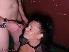 Amateur bukkake – Layla