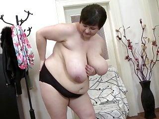 Le madri mature sexy hanno bisogno di una bella scopata