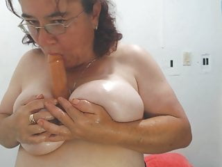 friendly granny with nice thick pink nipsporno videos