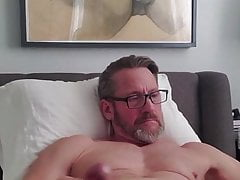 Fit mature daddy shoots his sperm