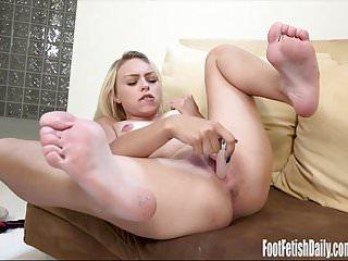 Zoe Clark Masturbation