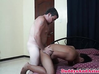 Top dilf doggystyling asian bottoms...