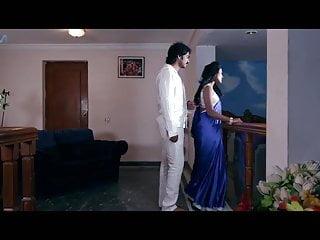 Enjoy saree aunty online...