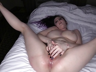 Hoodrat 039 first creampie...