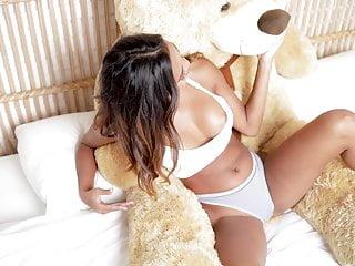Sexy model putri cinta big teddy...