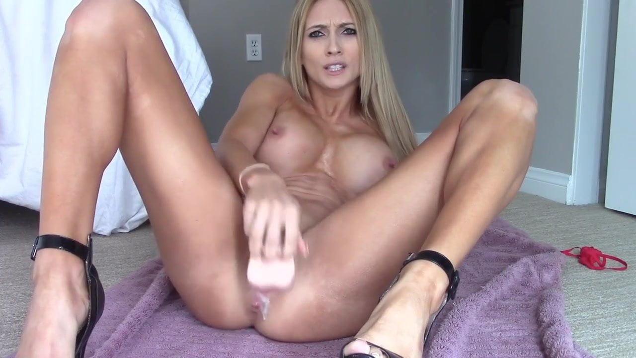 Perfect Webcam Goddess