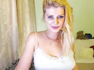 Russian post op fucking pussy on webcam...