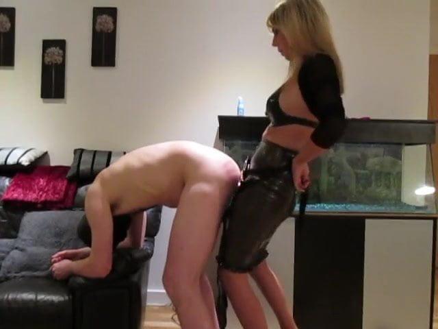 Amateur Wife Sharing Blindfold
