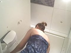 French girl spied in toilets at pool 2
