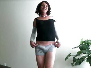 Mature tranny bulge...