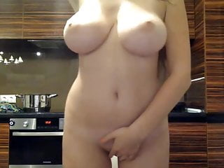 Perfect body jiggly boobs on webcam...