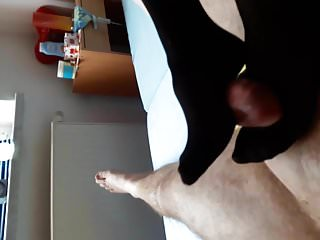 German Footjob Nylonjob mit Cumshot