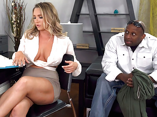 Bodyguard destroys cali carter rsquo pussy and...
