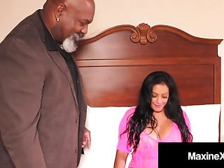 Fuck doll maxinex gets wrecked black cock...