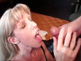 Carol Cox Fun Fan Face