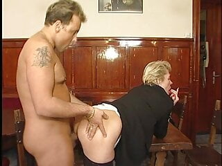 German Granny Couple Sex mit 2 notgeilen deutschen