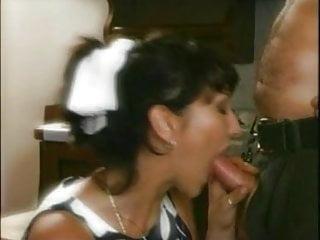 Natasha kiss la preda...