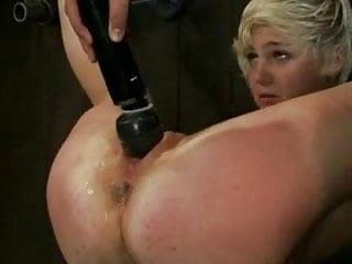 Noisy bitch 3 BDSM  SMG