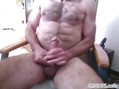 Daddy cumming on webcam