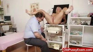 amateur einlauf bondage