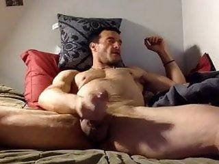 Str8 porn amp jerk on bed...