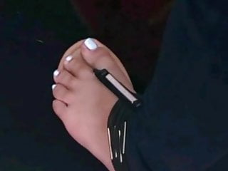 Voyuer candid foot fetish