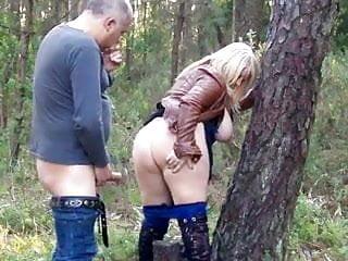 Daniella gets creampie outdoors...