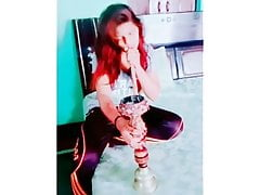 Desi Dame Hukkha Smoking