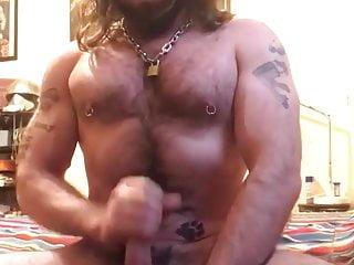 Long hair daddy bear cumshot
