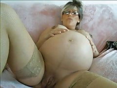 Pregnant webcam girl