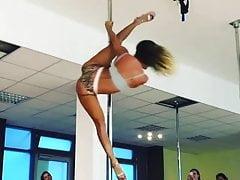 Awesome Pole Dance :-)