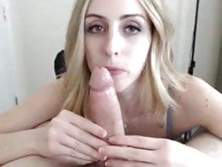 Deepthroat Blonde amazing skills 3