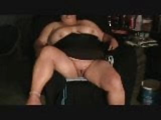 first time eating my bbw's pussy