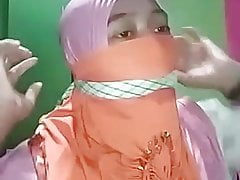 Self gagging Indonesian with mask
