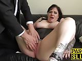 Brunette chubby Elouise Lust playing with cunt for pleasure