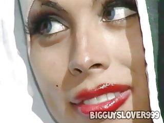 video: The Nun Of Monza - Tranny Scene