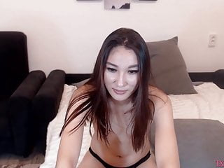 Sexy philippines girl has a vibrant in pussy p10