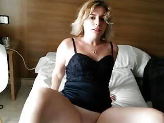 Holiday Slut Teases And Sucks