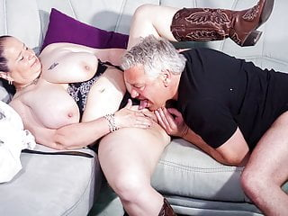 Amateureuro bbw wife abby titts gets amp hot...